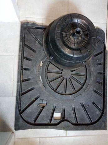 Podłoga bagażnika Mercedes w124