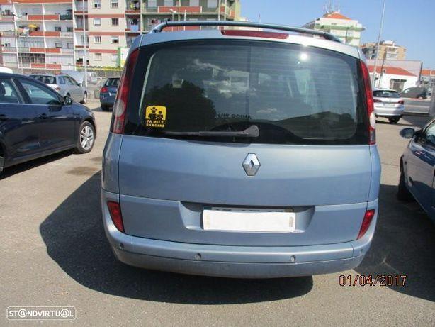 Renault Espace 1.9 dCi Confort 5L