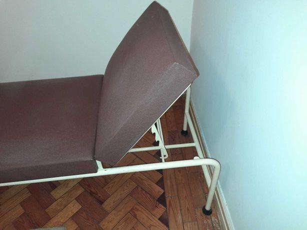 Marquesa consultório médico vintage 50s