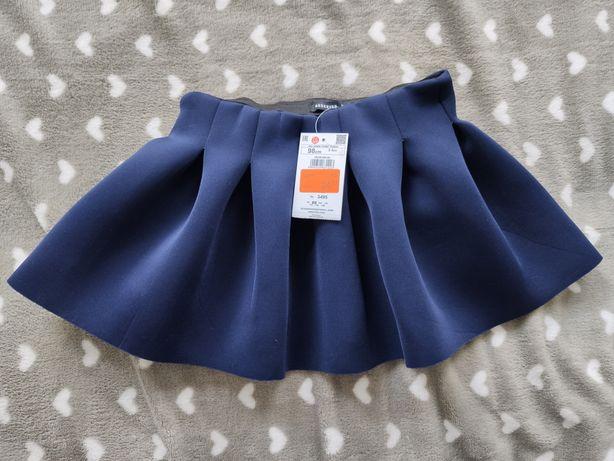 Nowa z metkami piankowa spódniczka marki Reserved rozmiar 98