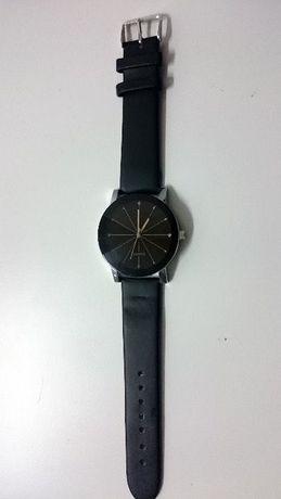 Z145 Relógio QUARTZ Bracelete Em Pele Stock