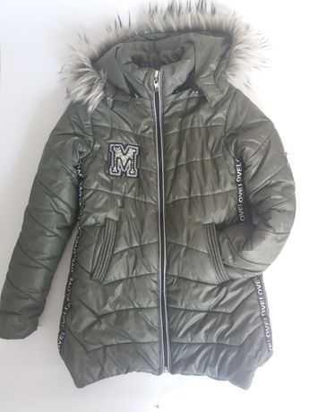Zimowa karteczka khaki rozmiar 134, zimowy płaszczyk