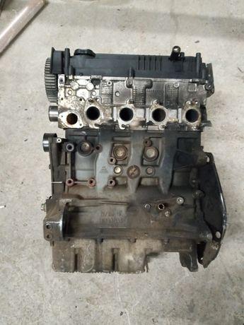 Двигатель мотор Toyota Avensis Corolla 1cd-ftv 2.0 дизель розборка