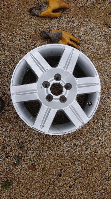 Pojedyncza felga Honda CRV HRV 6x16 et50