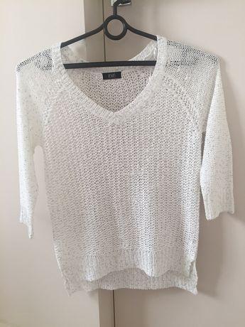 Sweterek F&F R . 36 biały ze srebrem