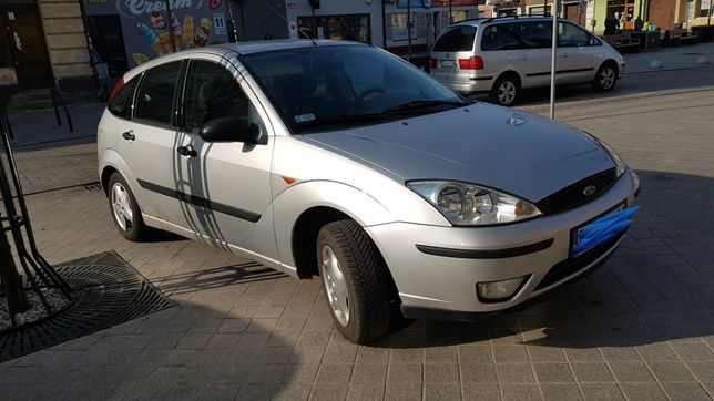 Ford Focus 1.6 benzyna 2003r
