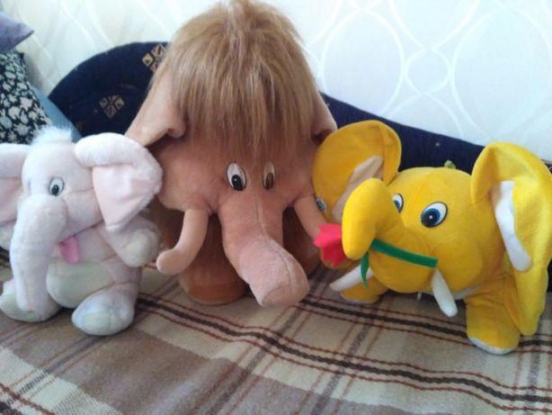 Детские игрушки в прекрасном состоянии