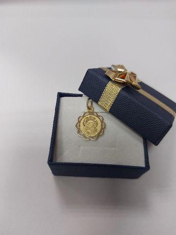 Złoty, komunijny medalik z Matką Boską próba 585