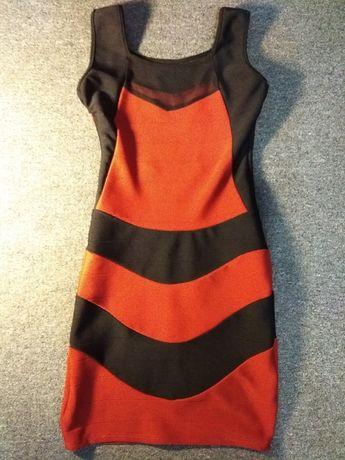 Платья, размер s