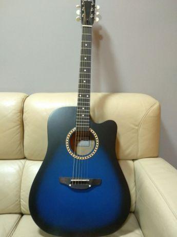 Продам аккустическую гитару Трембіта L-03