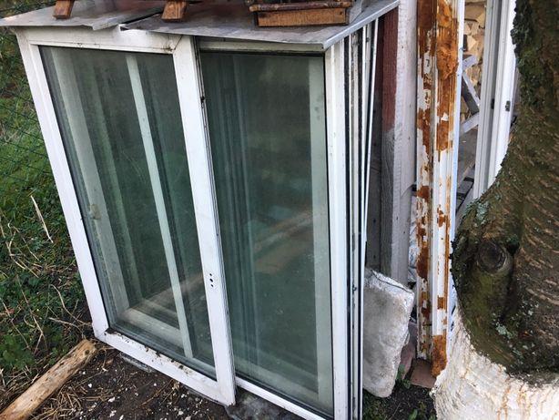 okno rama 200 x 140 demontaż