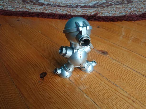 Robot zabawka alu
