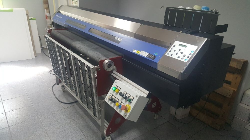 Impressora Plano Roland XC540 CMYK alterada em Italia