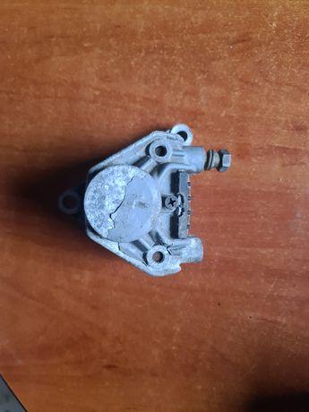 Zacisk hamulcowy tylny honda crm 125 + nowe klocki hamulca tył