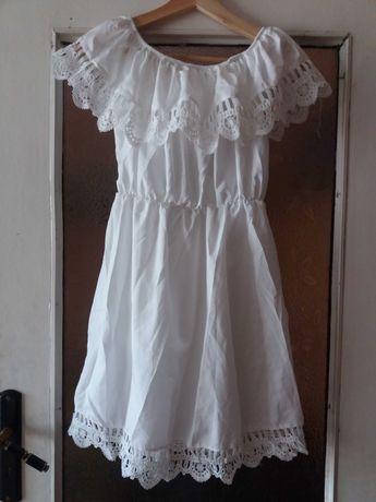 Sukienka biala hiszpanka