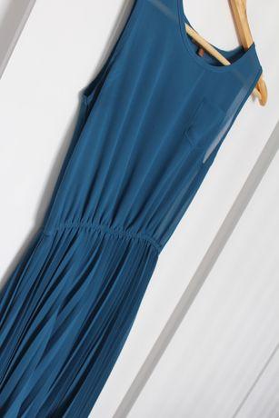Платье с юбкой плиссе сарафан размер S Jolie Moi.