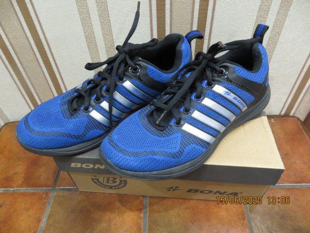 Кроссовки BONA размер 38, 39 стелька 25 см легкие кросівки спортивні