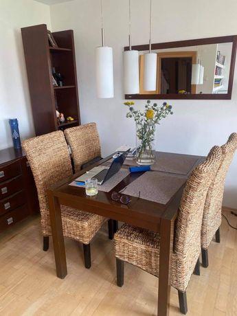 Stół drewno lakierowane