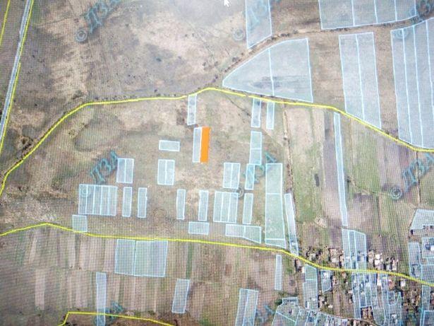 Земельна ділянка с. Зелів площею 0,1585 га.