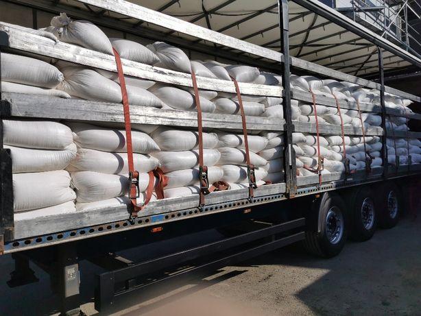 OTREBY pszenne luz i workowane po 30 kg.Towar krajowy Transport