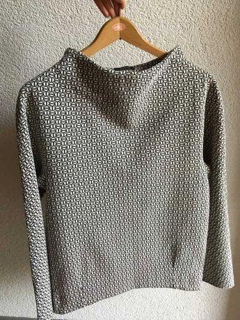 Biało czarny sweter bluza Medicine ze wzorkiem