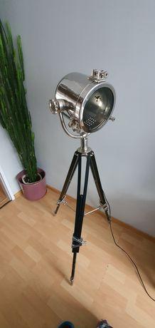 Lampa industrialna trójnóg