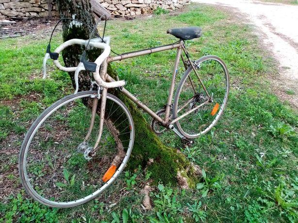Bicicleta de estrada Gitane