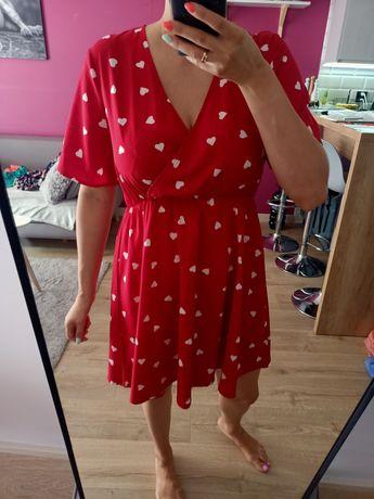 Sukienka czerwona# serduszka#kopertowy dekolt