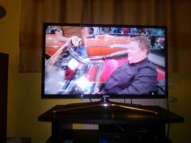 Telewizor LED Samsung UE32F6400AW (3D, SMART TV)