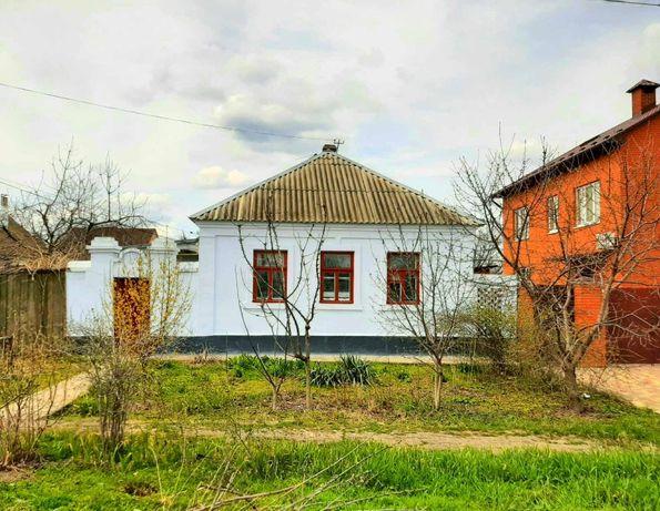 В продажа 4 комнатный уютный дом за парком Петровского