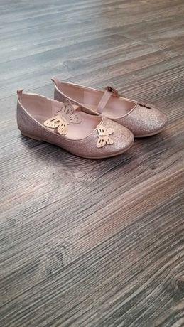 Pantofle dla dziewczynki HM r.29