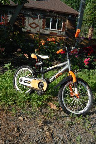 Велосипед Azimut 16 колеса.Как новый.