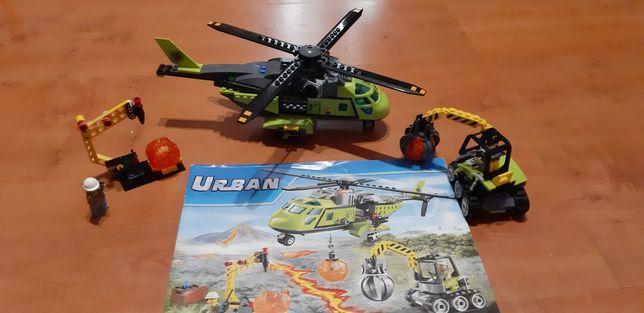 Конструктор Urban Грузовой вертолет исследоватей вулканов 348 деталей