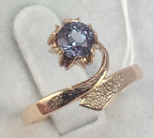 Кольцо золотое александрит 583 проба, советское, а411