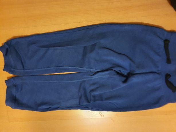 Spodnie dresowe Lupilu r. 110
