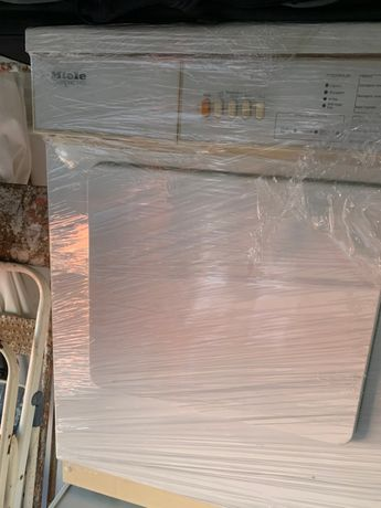 Maquina de secar roupa Miele Novotronic 430