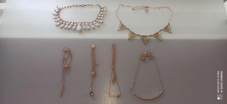 Conjunto de colares (portes incluídos)