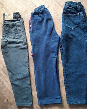 Spodnie chłopięce 3 pary 122/128