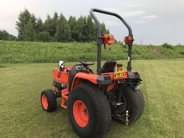 Traktor Komunalny Kubota STV 32 Jedyne 1100 MTH 2006 4x4