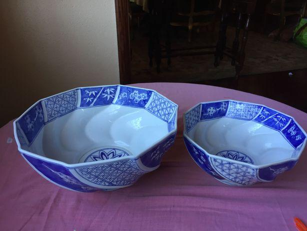 Conjunto de duas tigelas chineses