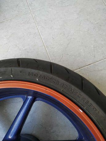 Jante com pneu CBR f3