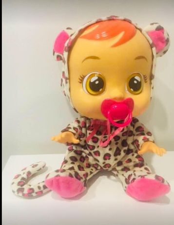 Lalka płaczący bobas Crybabies Lea