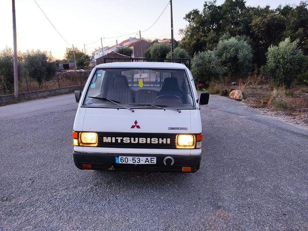 Vendo Mitsubishi L300