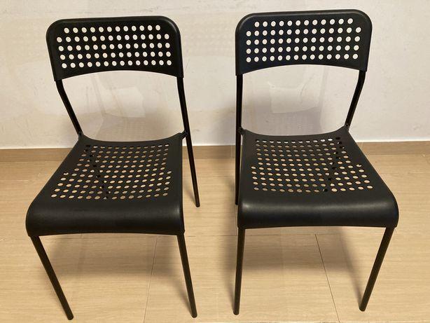Duas Cadeiras IKEA ADDE como novas