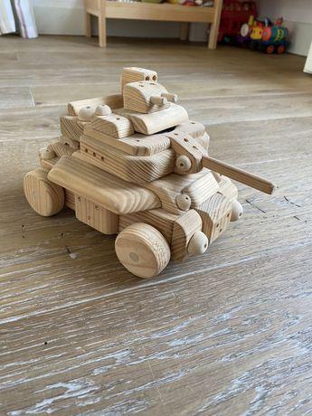 Танк деревянный