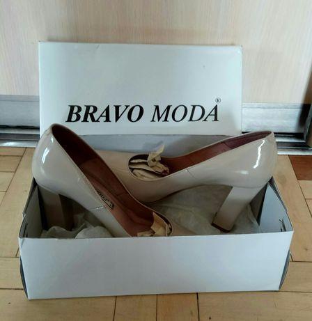 Туфли Bravo moda лаковые, натуральная кожа