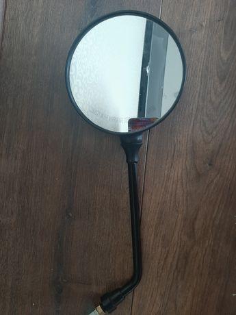 Зеркало заднього виду