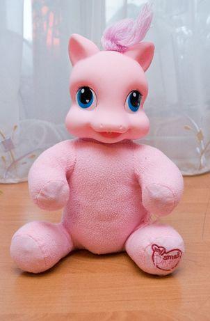 Фирменная говорящая игрушка пони.
