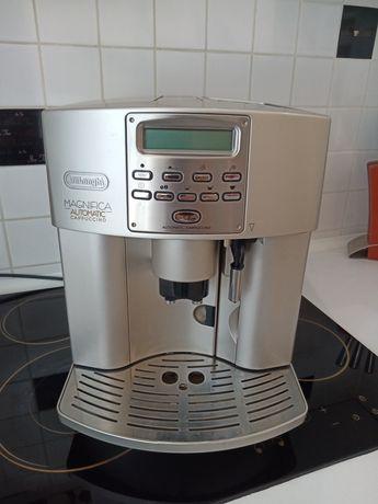 Кофемашина Delonghi ESAM3500 Magnifica Cappuccino