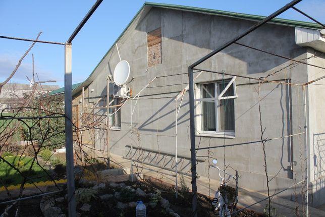 Одноэтажный дом в пригороде Черноморска
